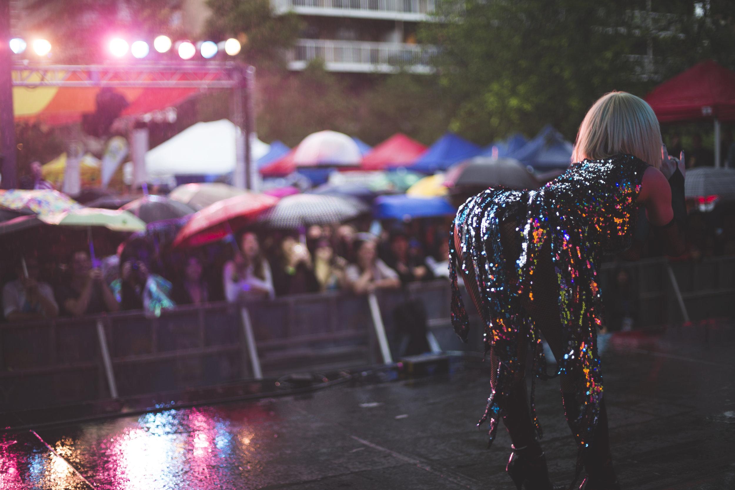 Pride_Toronto_2015_Drag_On_by_Indeana_Underhill-16.jpg