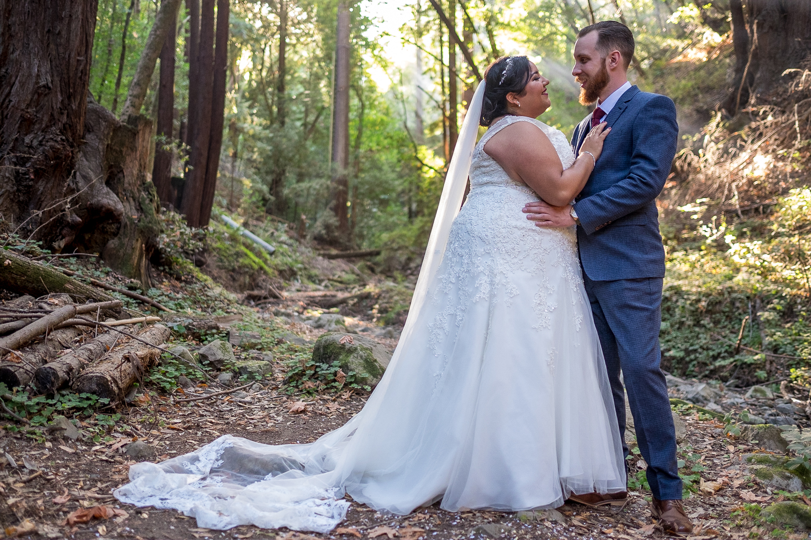 This wedding at Saratoga Springs will capture your heart especially if you love redwoods as much as this lovely couple!
