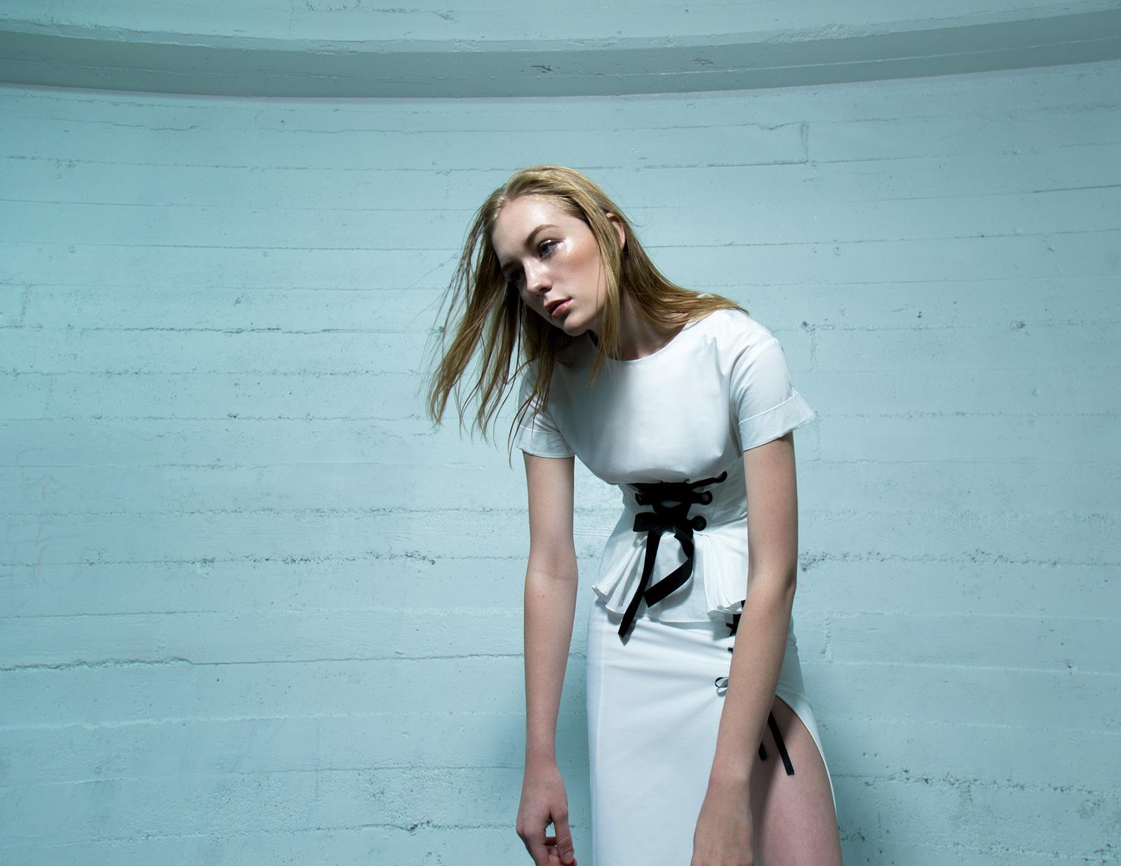 Alvarez_Amanda_Fashion_Shut_Eye_-1.jpg