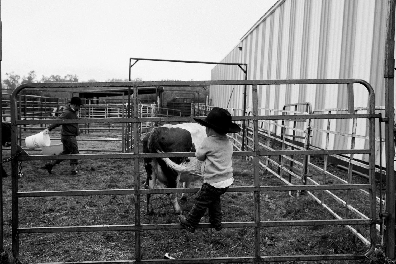 rodeo-family-in-alaska_21.jpg