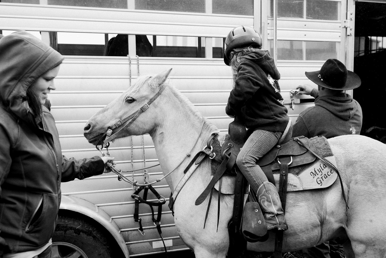 rodeo-family-in-alaska_35.jpg