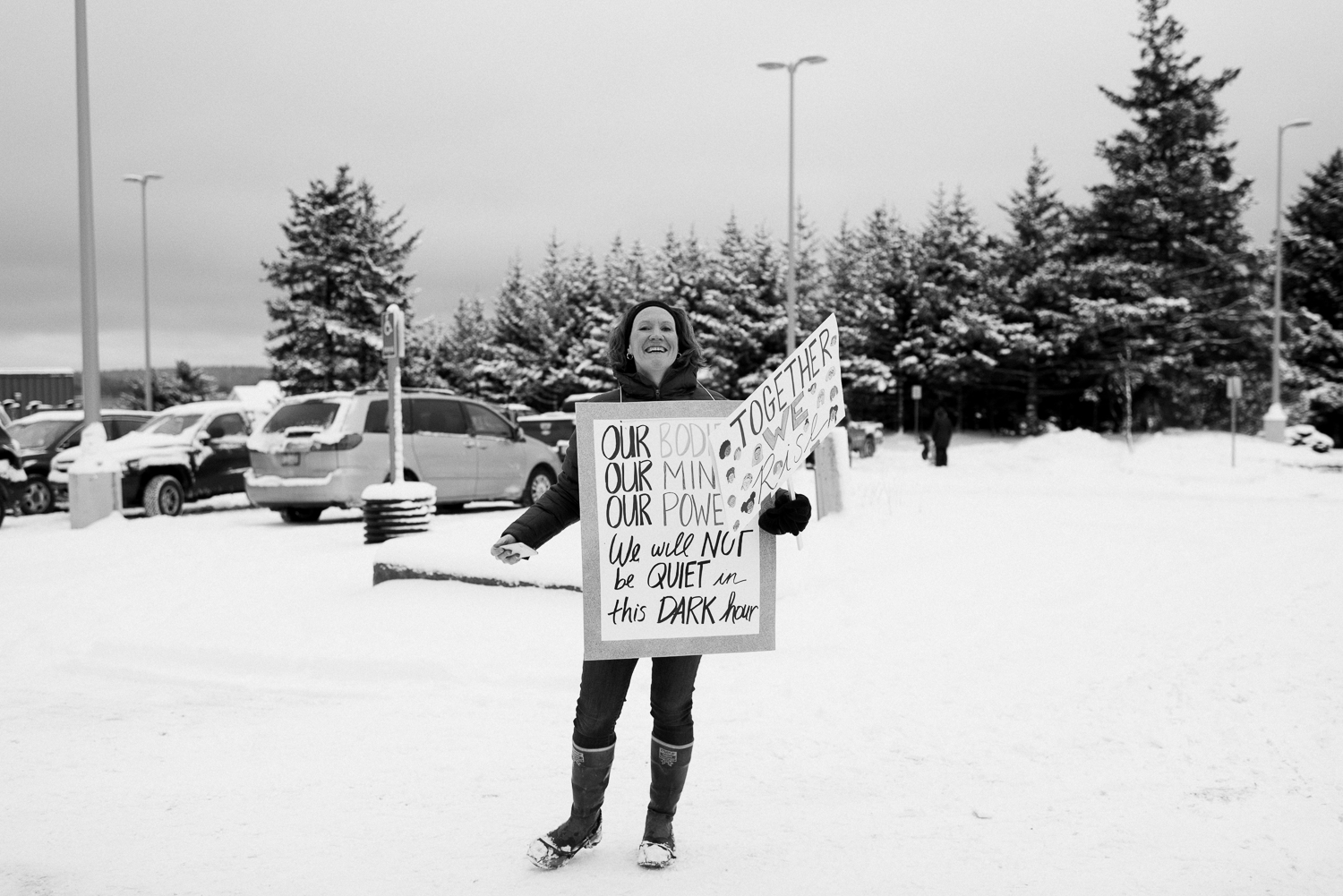 womens march-breanna peterson- kodiak alaska_0016.jpg