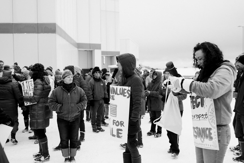 womens march-breanna peterson- kodiak alaska_0017.jpg
