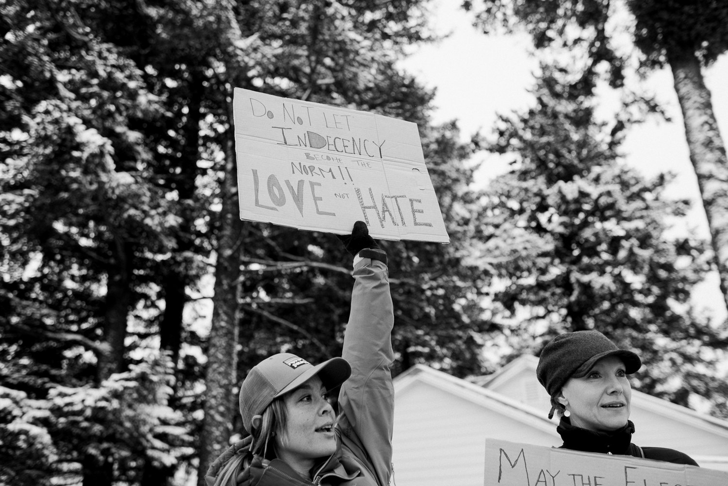 womens march-breanna peterson- kodiak alaska_0022.jpg