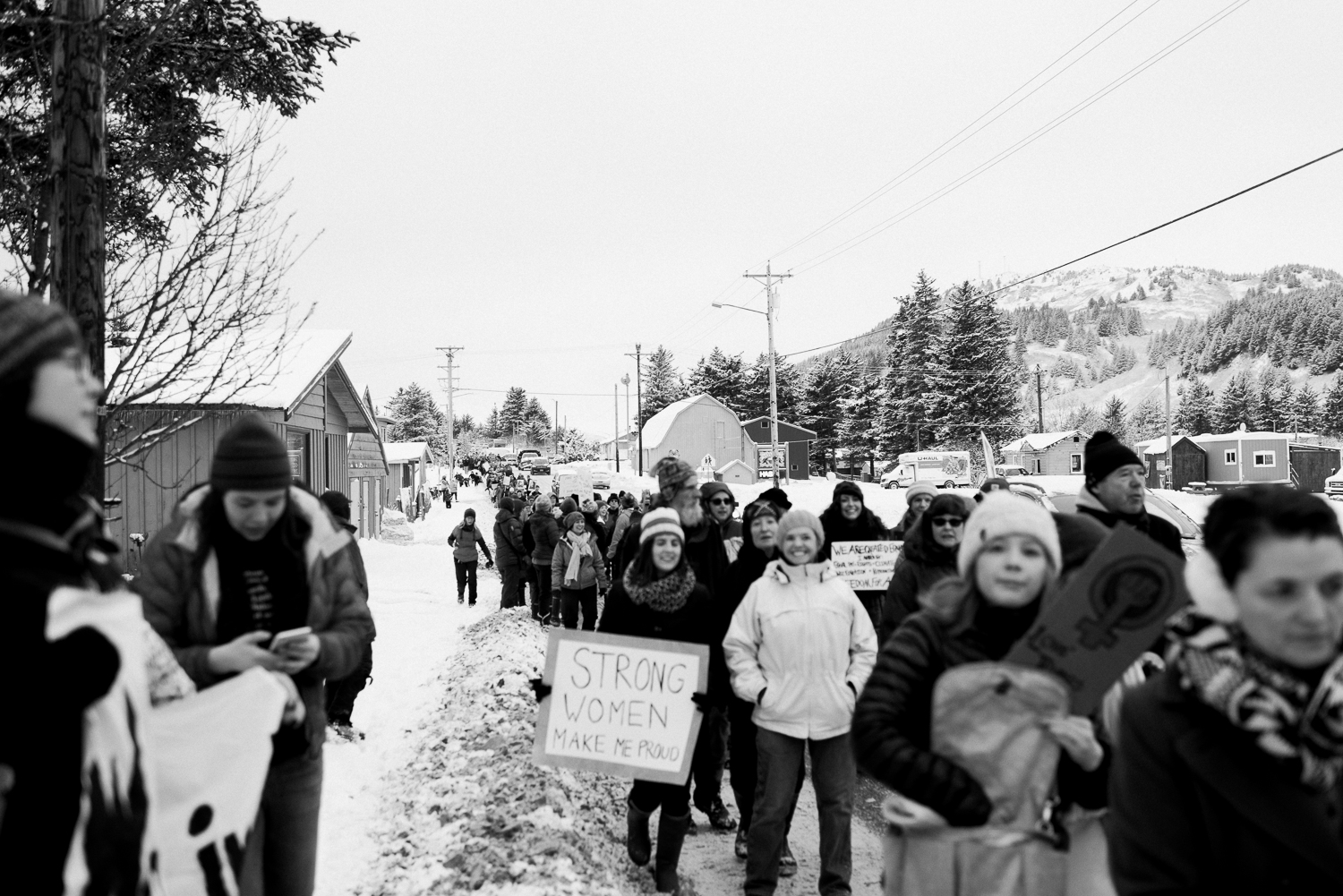 womens march-breanna peterson- kodiak alaska_0021.jpg