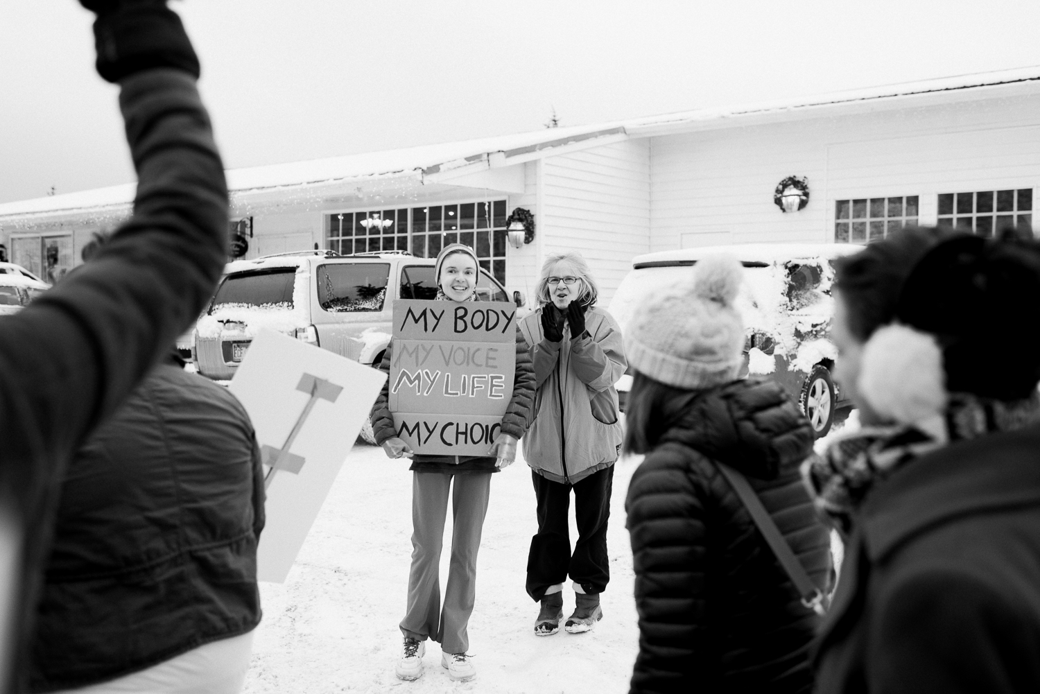 womens march-breanna peterson- kodiak alaska_0025.jpg