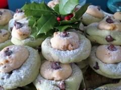 Pistachio chocolate chip double decker cookies