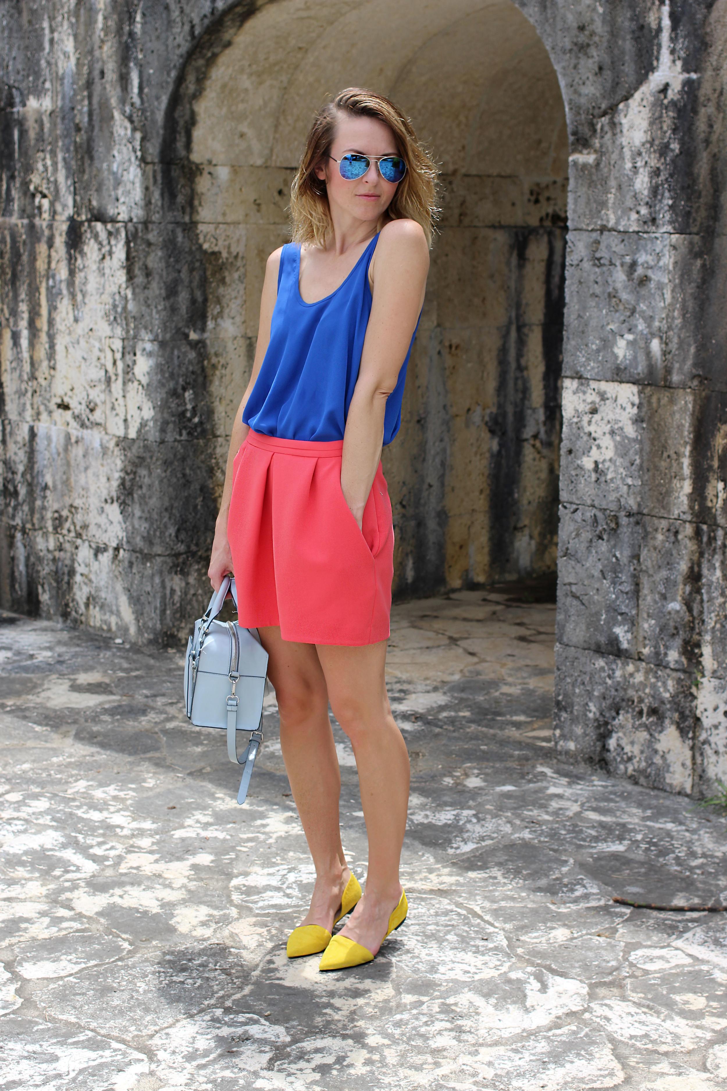 red_skirt1.jpg