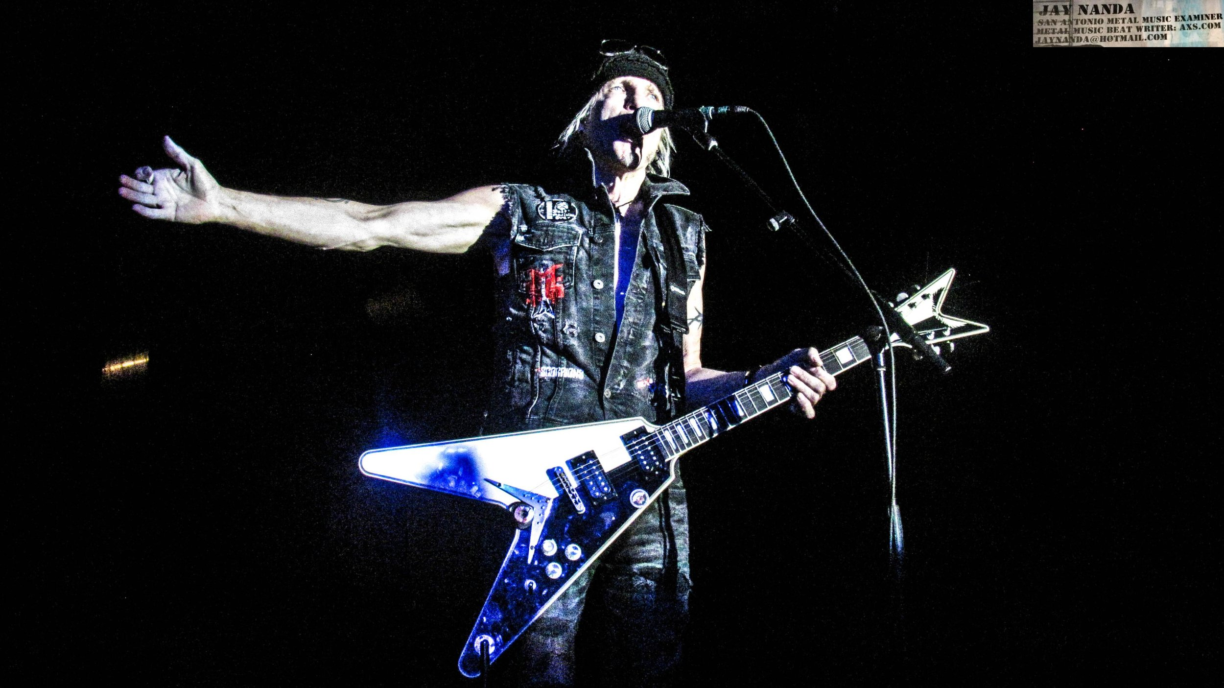Schenker prepares to welcome the first of his four vocalists, Gary Barden, to the stage.