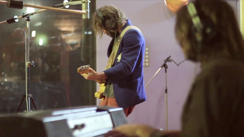 Angus Stone recording - Angus Stone Guiness Arthur's Day Film production Toby heslop