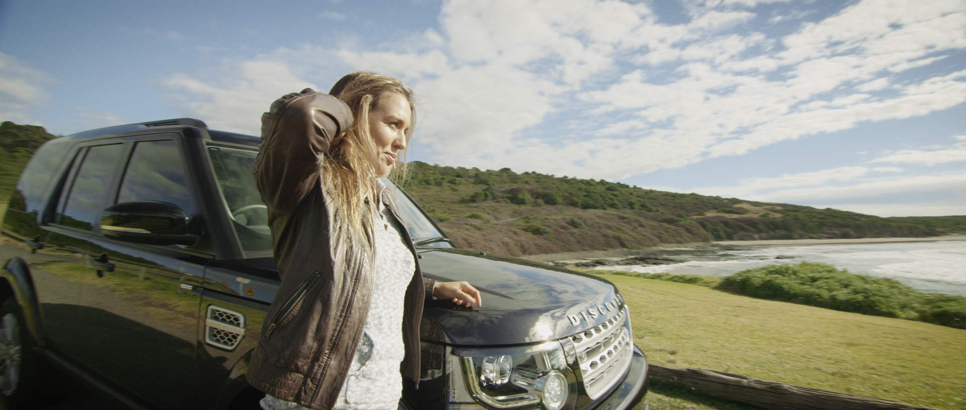 Land_Rover_Sally_Fitzgibbons_05.jpg