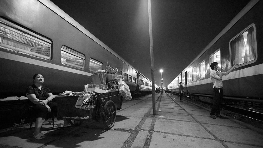 Platform 8, Central Station, Hanoi / 35mm
