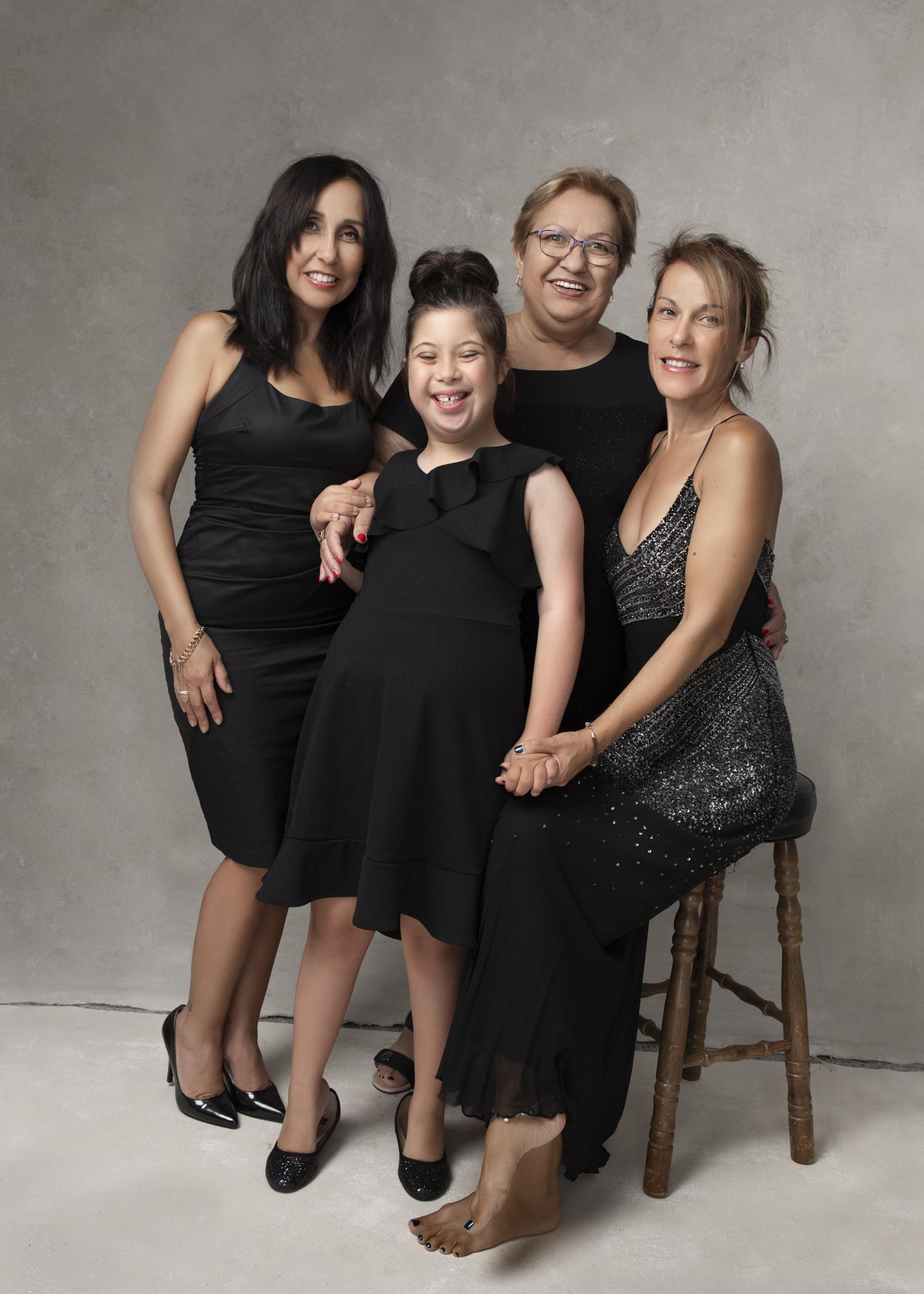 5X7%22 Minilab Lustre Generations Latinas9Analia Paino Portrait Photography.jpg