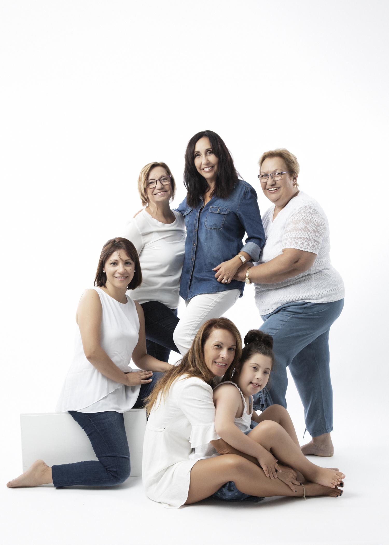 5X7%22 Minilab Lustre Generations Latinas10Analia Paino Portrait Photography.jpg