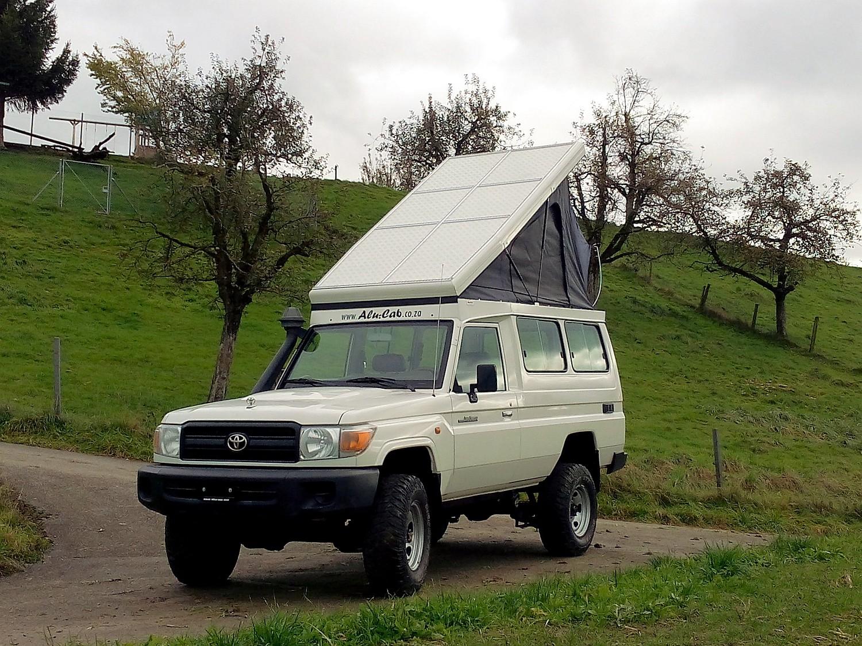 Alu-Cab Hubdach für Toyota HZJ 78 10.jpg
