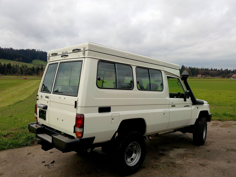Alu-Cab Hubdach für Toyota HZJ 78 06.jpg
