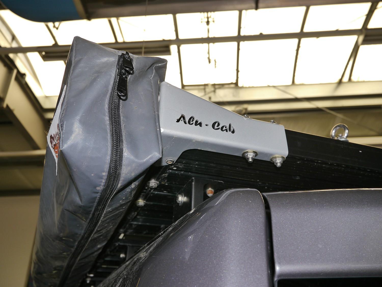 Alu-Cab 270 Grad-Markise Shadow Awn - Halterung Front Runner-Dachträger 001.JPG