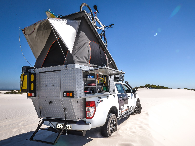 Alu-Cab Camper Khaya 0107 Atlantis Dunes.jpg