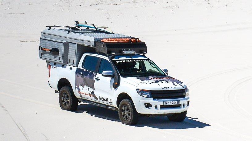 Alu-Cab Camper Khaya 0101 Atlantis Dunes.jpg
