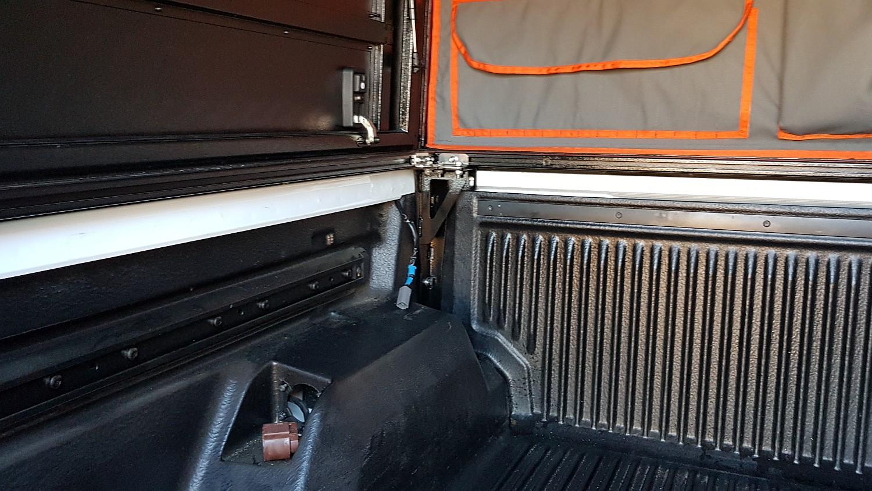 Alu-Cab Canopy Camper Ford Ranger 121.jpg