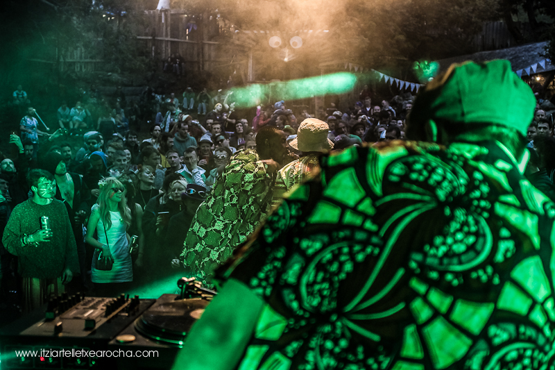 "#knockanstockan2015 Rusangano Family ""At the Fairy field stage"""