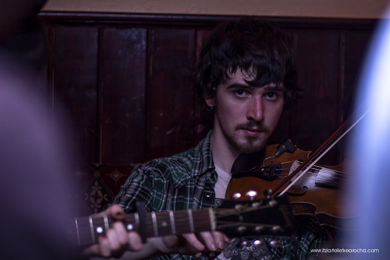 Music_Session_Ye Vagabonds_Walsh's Dublin Jan 2015-0454.jpg