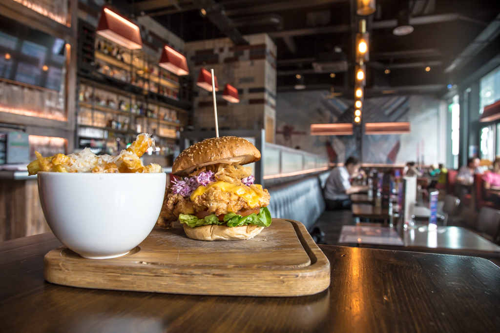 Rubys Burger and chips-9125.jpg