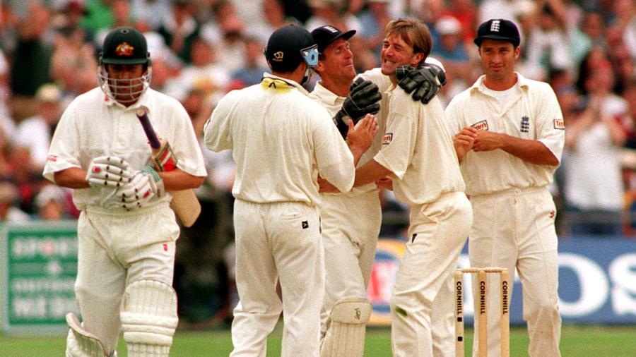 Oval 1997 b.jpg