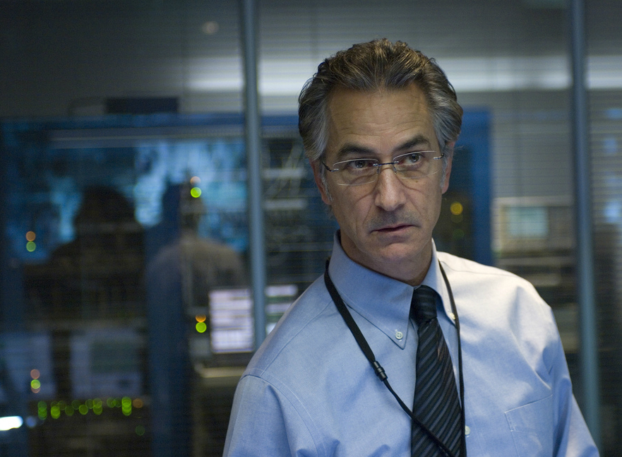 Noah Vosen ( David Strathairn) - a new evil white guy who wants to kill Matt Damon.