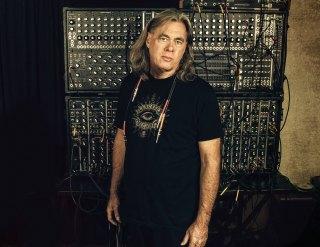 Steve-Roach-synthesizers.com_.jpg