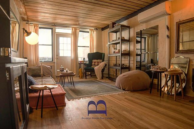 Log cabin or Brooklyn three bedroom apartment? Let us know in the comments what you think!