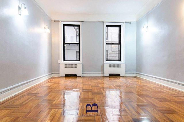 New studio apartment available in #Ditmaspark Visit our website to inquire!