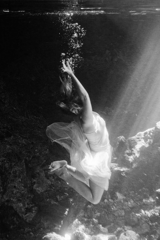 Los_Angeles_Underwater_Photographer.jpg