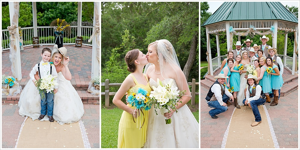 bridal party | Carleen Bright Arboretum wedding venue in Woodway, TX | Jason & Melaina Photography