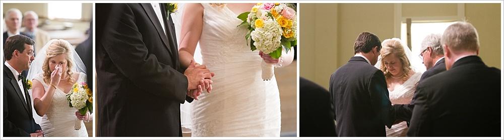 bride and groom at the altar | Calvary Baptist Church, Waco, TX | Jason & Melaina Photography