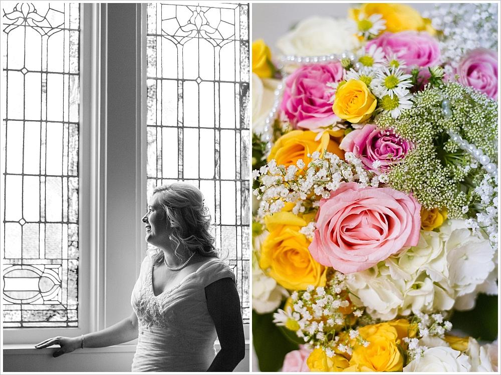bride and flowers | Calvary Baptist Church, Waco, Texas | Jason & Melaina Photography