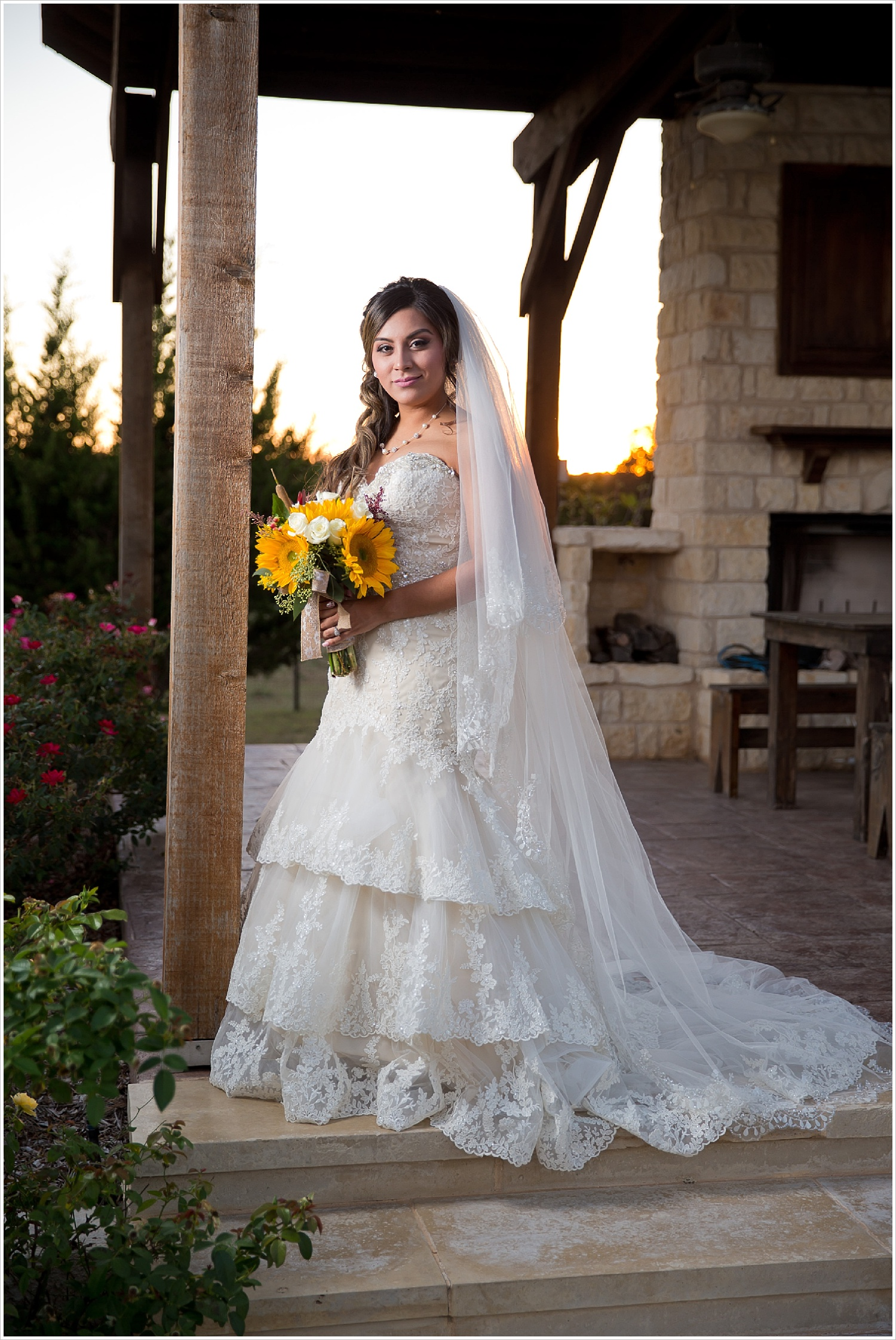 lace bridal gown and veil | Vera Estates in China Springs, Texas | Jason & Melaina Photography