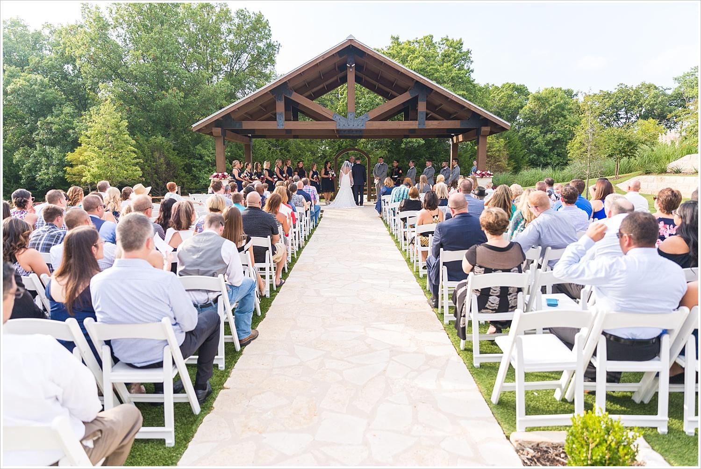summer blush and navy wedding at Stone Hall at The Springs in McKinney, Texas, Jason & Melaina Photography, www.jasonandmelaina.com