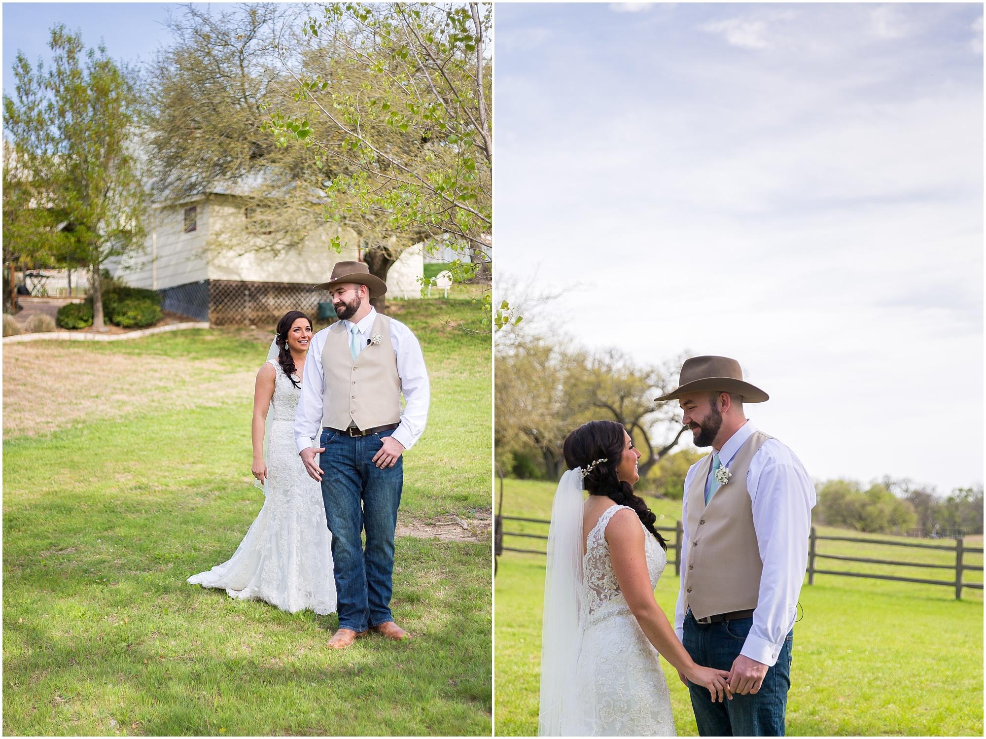 Groom sees bride for the first time at their wedding - Jason & Melaina Photography - www.jasonandmelaina.com