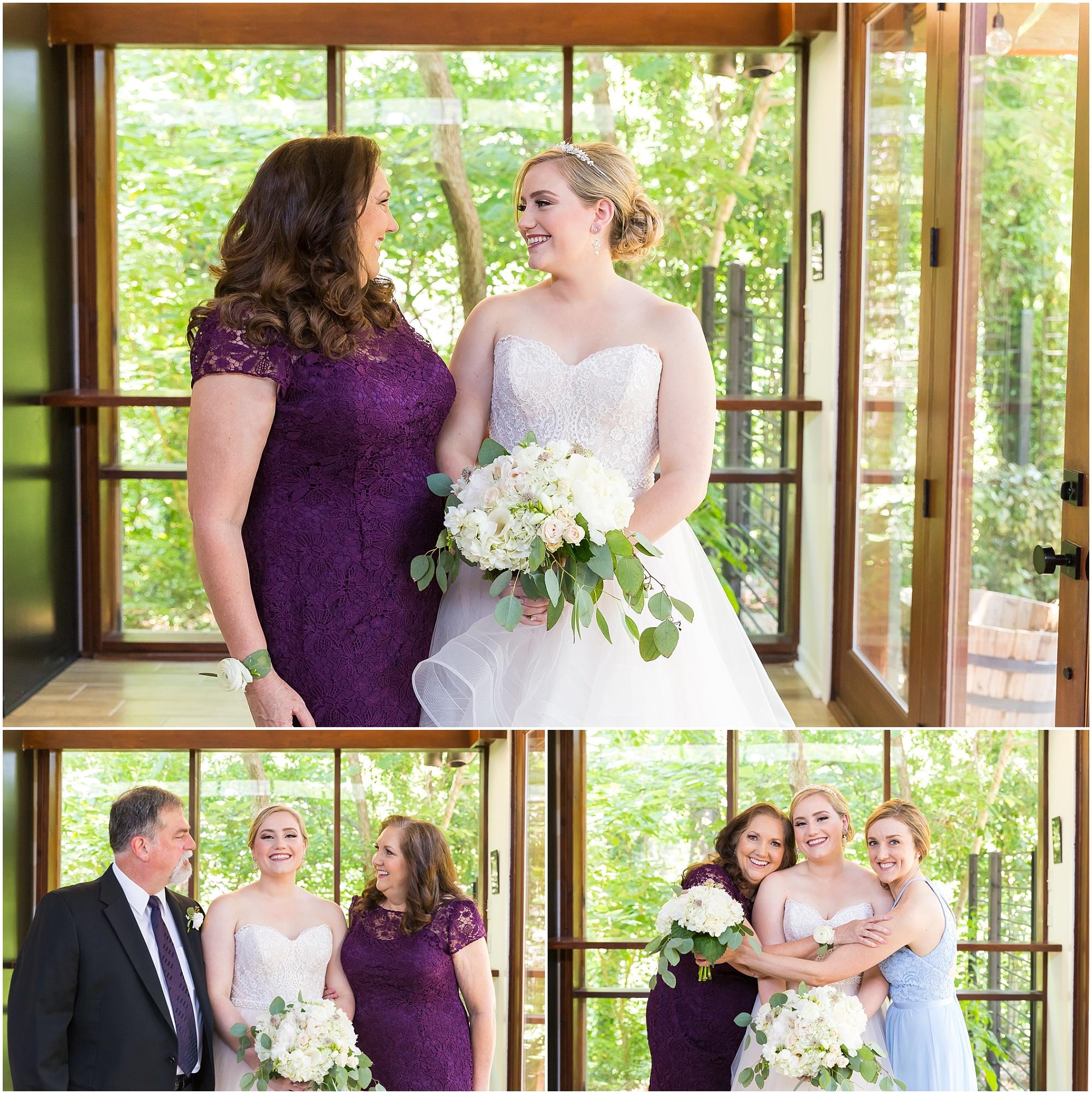 Bridal party at Fixer Upper house in Waco, Texas - www.jasonandmelaina.com