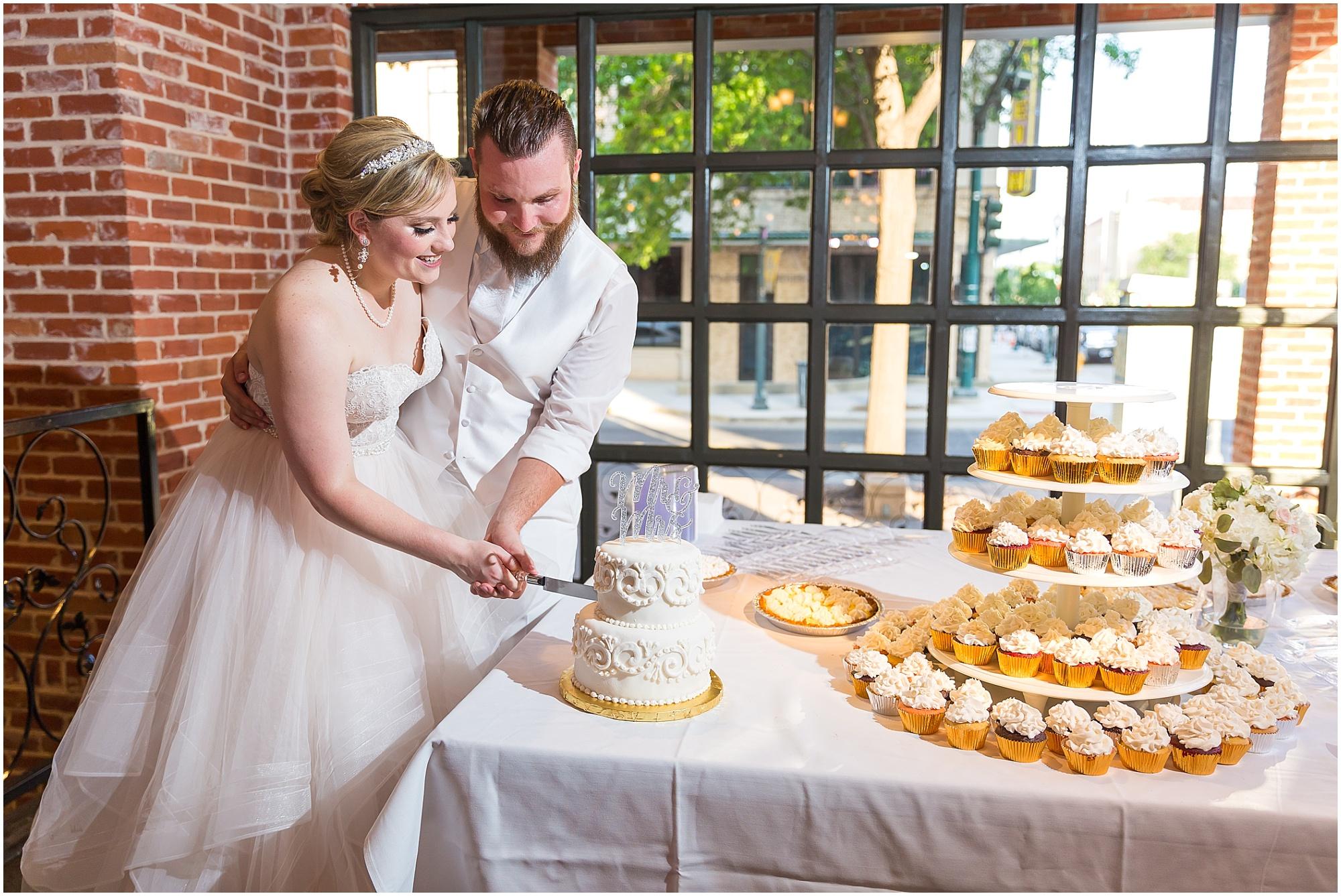 Wedding at The Palladium in Waco, Texas - www.jasonandmelaina.com