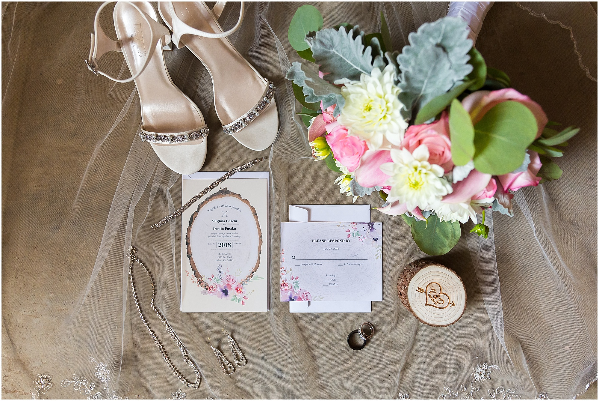 Bridal details from a rustic wedding in Belton, Texas - Jason & Melaina Photography - www.jasonandmelaina.com