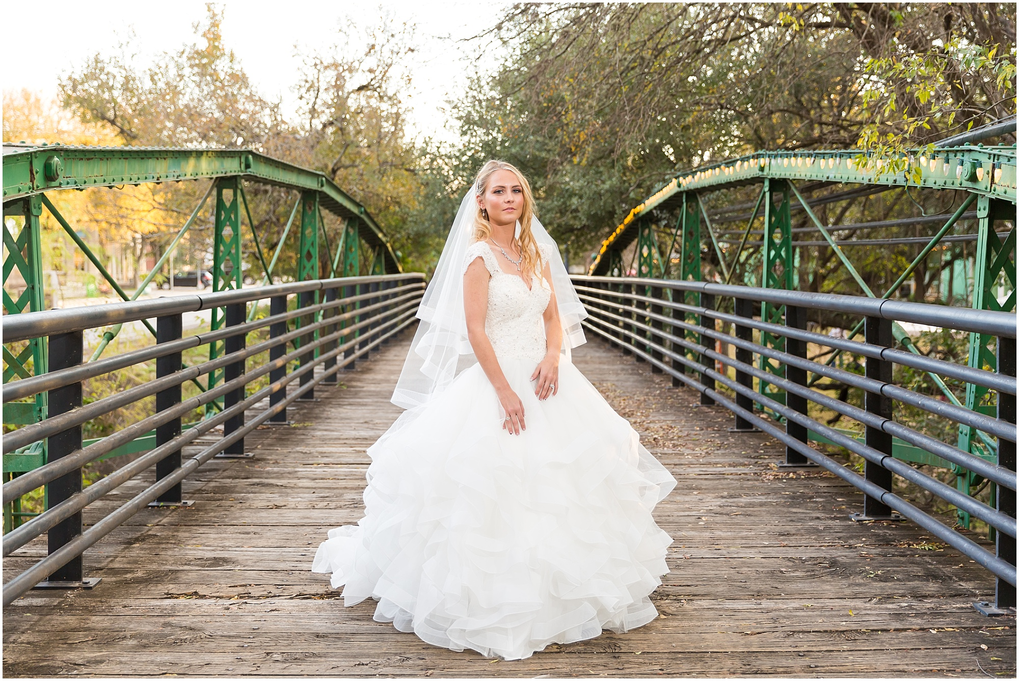 Bridal-Portraits-Salado-Texas_0007.jpg
