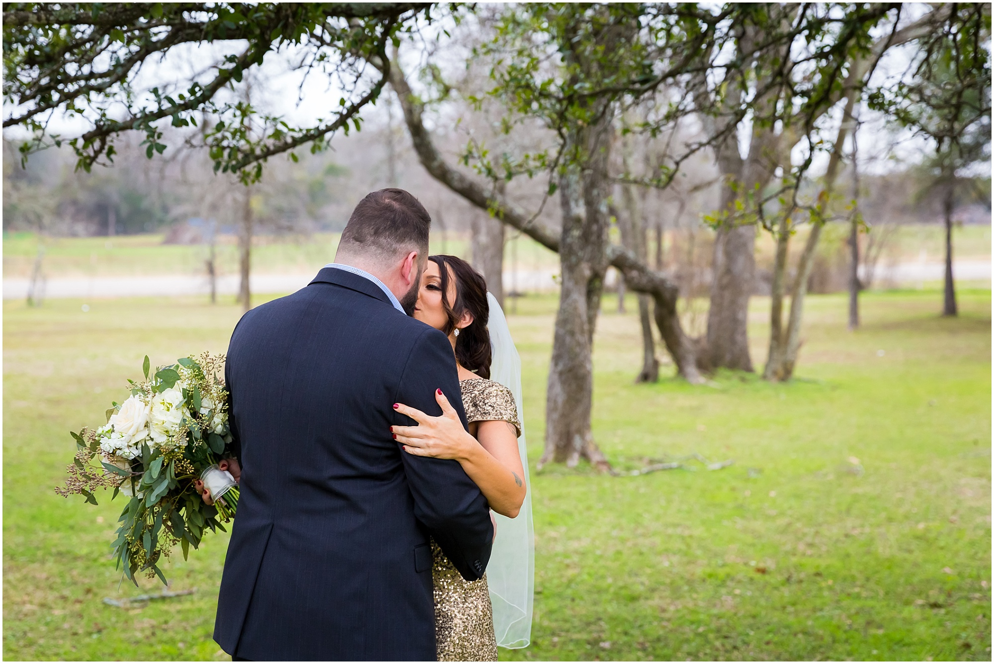 Winter-Elopement-Waco-Texas_0005.jpg