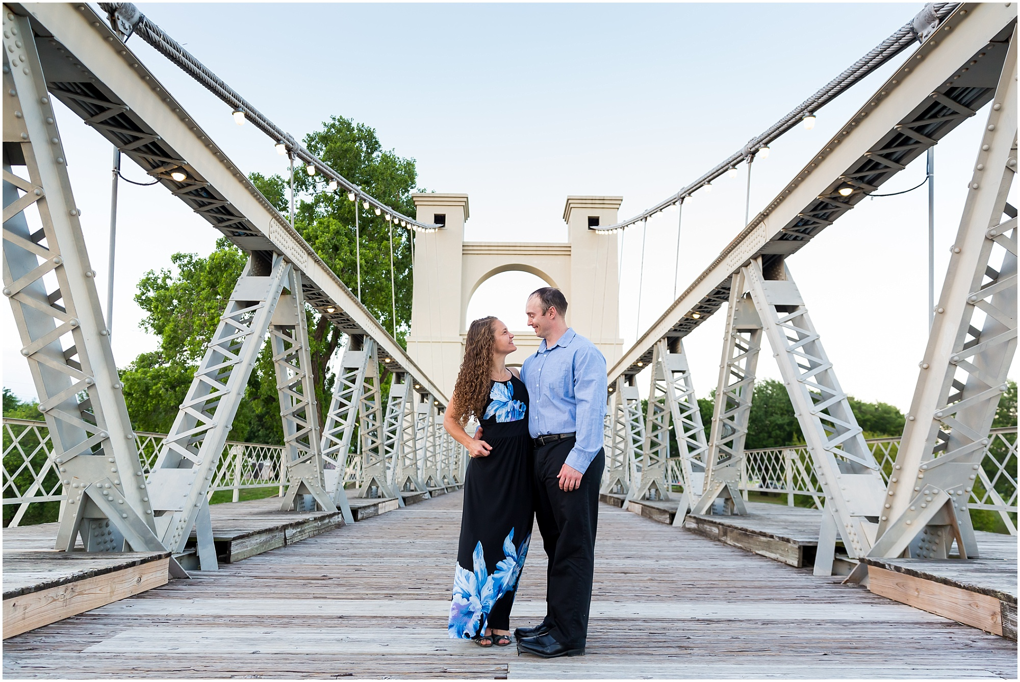 Waco-Texas-Engagement-Photos_0012.jpg