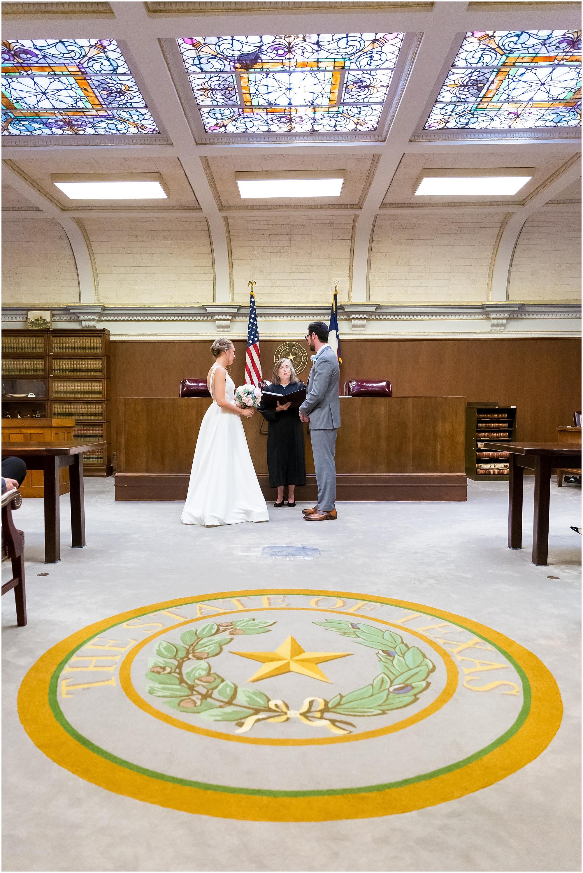 Courthouse-Wedding-Waco-Texas_0012.jpg