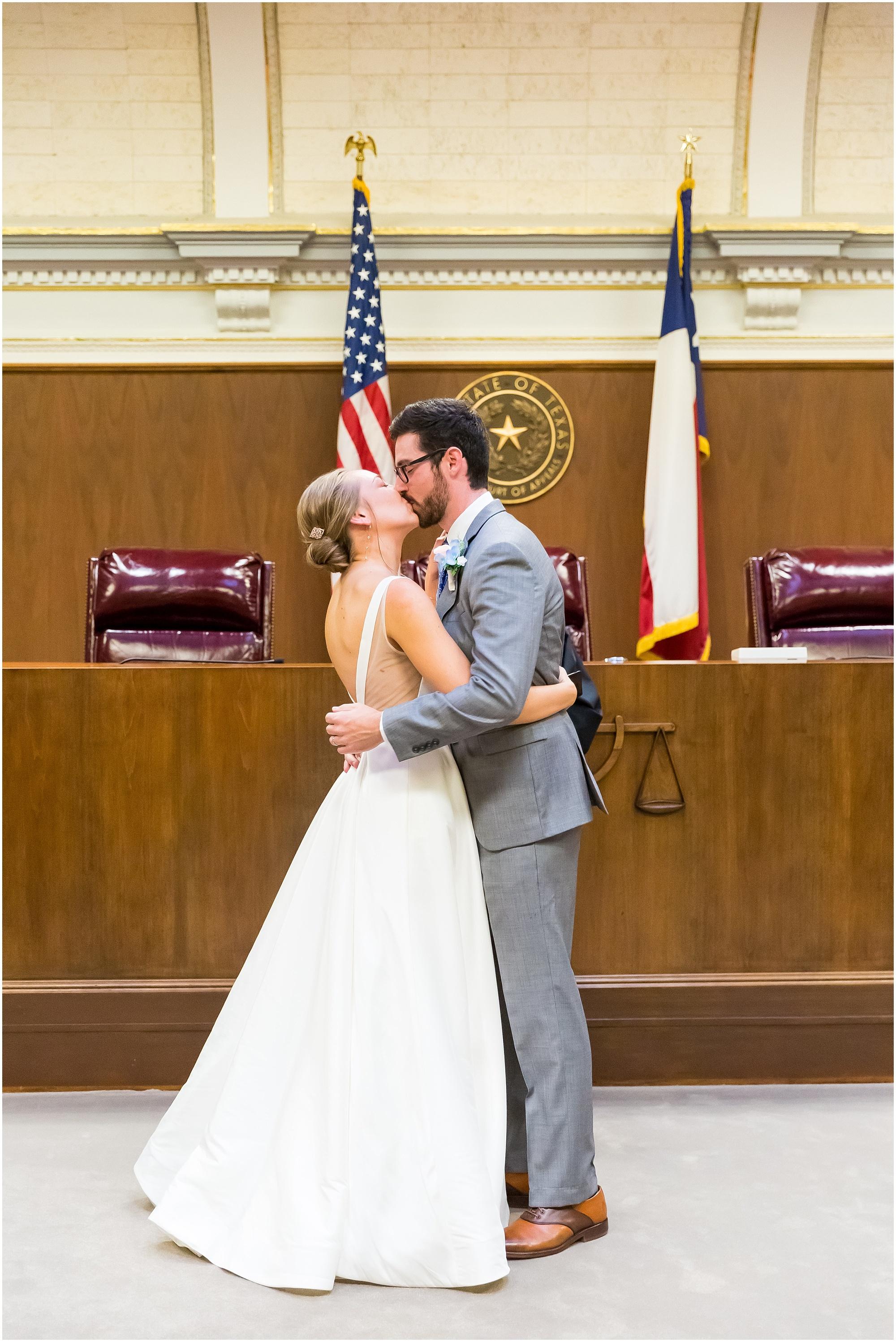 Courthouse-Wedding-Waco-Texas_0016.jpg