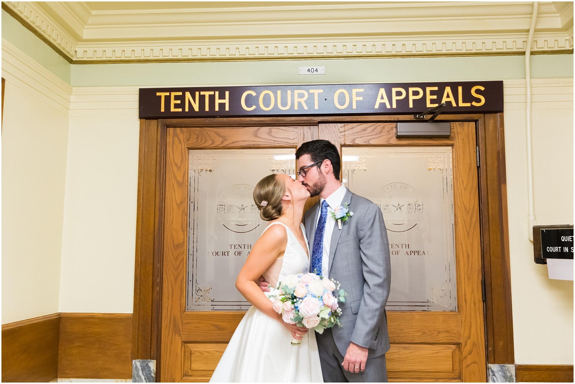 Courthouse-Wedding-Waco-Texas_0020.jpg