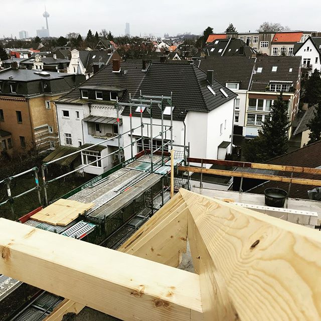 Unser Projekt in #köln  #zimmereiwildt #zimmerer #zimmerei #holzbau #woodworking #carpentry #handwerk #gratsparren