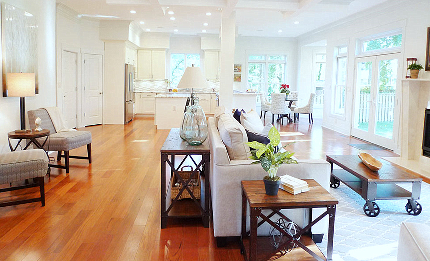 McLean Virginia home staging family room